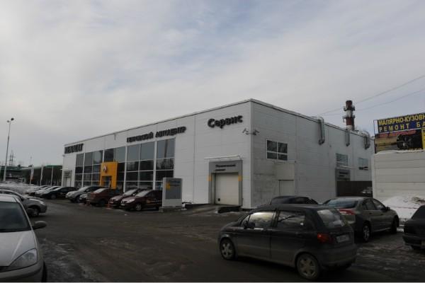 от МКАДа по Ярославскому шоссе в сторону области 5 км, по левой стороне увидите автосалон Рено (Петровский автоцентр) .